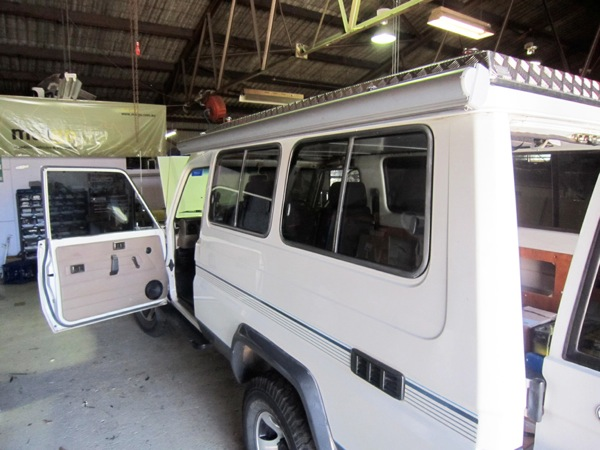 Vehicle conversion aussie overlanders d